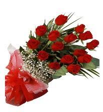 15 kırmızı gül buketi sevgiliye özel  Aksaray çiçek gönderme sitemiz güvenlidir