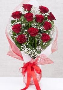 11 kırmızı gülden buket çiçeği  Aksaray 14 şubat sevgililer günü çiçek