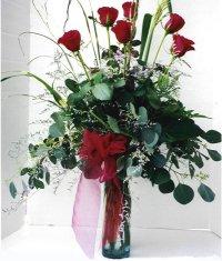 Aksaray çiçek siparişi sitesi  7 adet gül özel bir tanzim