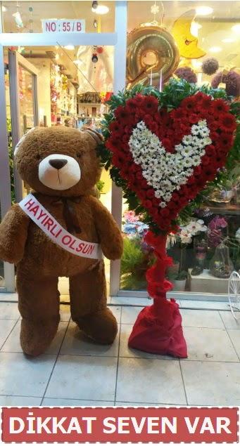 1.5 Metre peluş ayı ve Kalp  Aksaray çiçek gönderme sitemiz güvenlidir