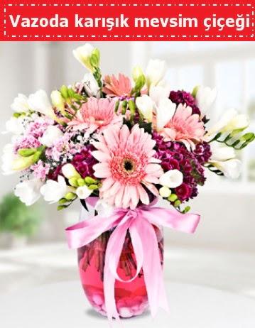 Vazoda karışık mevsim çiçeği  Aksaray çiçek , çiçekçi , çiçekçilik
