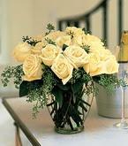 Aksaray çiçek siparişi sitesi  11 adet sari gül mika yada cam vazo tanzim