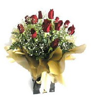 Aksaray internetten çiçek siparişi  11 adet kirmizi gül  buketi
