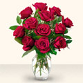 Aksaray çiçek yolla  10 adet gül cam yada mika vazo da