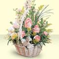 Aksaray 14 şubat sevgililer günü çiçek  sepette pembe güller