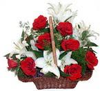 sepette gül ve kazablankalar   Aksaray çiçekçi mağazası
