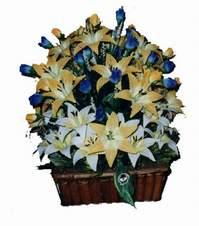yapay karisik çiçek sepeti   Aksaray çiçek gönderme
