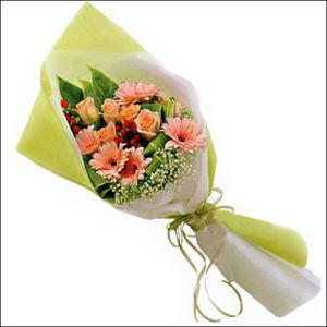 sade güllü buket demeti  Aksaray çiçekçi mağazası