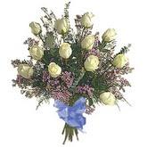 bir düzine beyaz gül buketi   Aksaray çiçek gönderme sitemiz güvenlidir