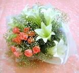 Aksaray çiçek yolla  lilyum ve 7 adet gül buket