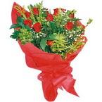 10 adet kirmizi gül buketi  Aksaray çiçek yolla
