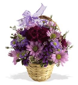 Aksaray uluslararası çiçek gönderme  sepet içerisinde krizantem çiçekleri