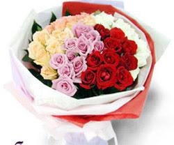SEVENLERE ÖZEL 51 ADET GÜL  Aksaray internetten çiçek satışı
