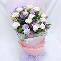 Aksaray internetten çiçek satışı  BEYAZ GÜLLER VE KIR ÇIÇEKLERIS BUKETI