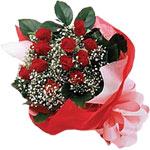 Aksaray internetten çiçek satışı  KIRMIZI AMBALAJ BUKETINDE 12 ADET GÜL