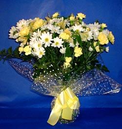 Aksaray hediye çiçek yolla  sade mevsim demeti buketi sade ve özel