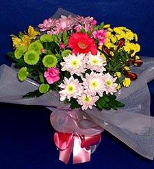 Aksaray hediye çiçek yolla  küçük karisik mevsim demeti