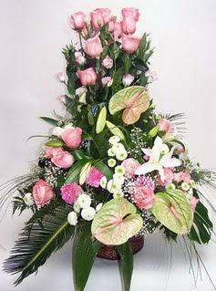 Aksaray ucuz çiçek gönder  özel üstü süper aranjman