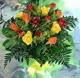 13 adet karisik gül buketi demeti   Aksaray uluslararası çiçek gönderme