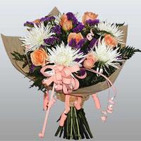 güller ve kir çiçekleri demeti   Aksaray çiçekçiler