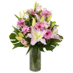 vazo içerisinde karisik mevsim çiçekleri  Aksaray internetten çiçek siparişi