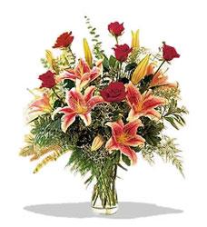 Aksaray çiçek servisi , çiçekçi adresleri  Pembe Lilyum ve Gül