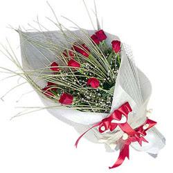 Aksaray yurtiçi ve yurtdışı çiçek siparişi  11 adet kirmizi gül buket- Her gönderim için ideal