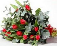 Aksaray çiçek satışı  11 adet kirmizi gül buketi özel günler için