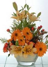 Aksaray çiçek servisi , çiçekçi adresleri  cam yada mika vazo içinde karisik mevsim çiçekleri