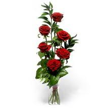 Aksaray çiçek siparişi sitesi  cam yada mika vazo içerisinde 6 adet kirmizi gül