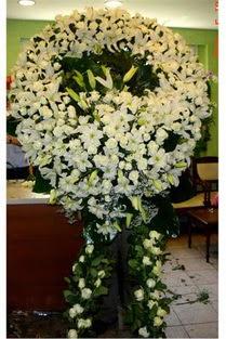 Cenaze çelenk , cenaze çiçekleri , çelengi  Aksaray çiçek satışı