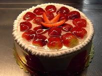 Meyvali yas pasta 4 ile 6 kisilik pasta  Aksaray çiçek siparişi sitesi