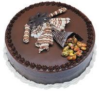 Çikolatali yas pasta 4 ile 6 kisilik  leziz  Aksaray çiçek mağazası , çiçekçi adresleri