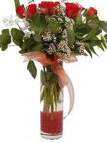 9 gül sevdiklerinize  Aksaray çiçek satışı