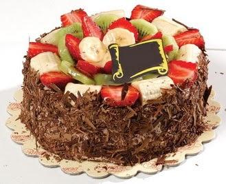 pastaci firmasindan 4 ile 6 kisilik çikolata meyvali yaspasta  Aksaray çiçek siparişi sitesi