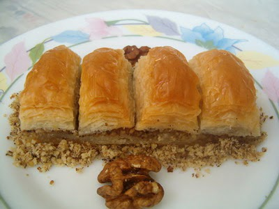 online pastane Essiz lezzette 1 kilo cevizli baklava  Aksaray cicek , cicekci