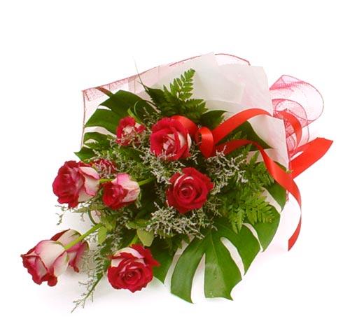çiçek gönder 7 adet kirmizi gül buketi  Aksaray kaliteli taze ve ucuz çiçekler