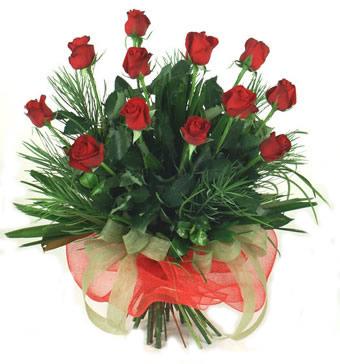 Çiçek yolla 12 adet kirmizi gül buketi  Aksaray güvenli kaliteli hızlı çiçek