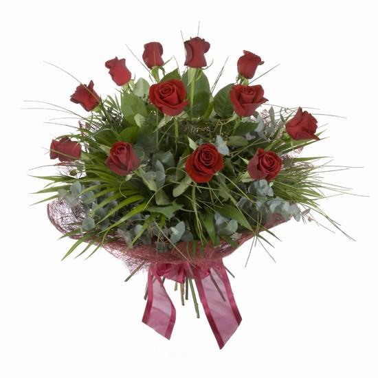 Etkileyici buket 11 adet kirmizi gül buketi  Aksaray internetten çiçek satışı