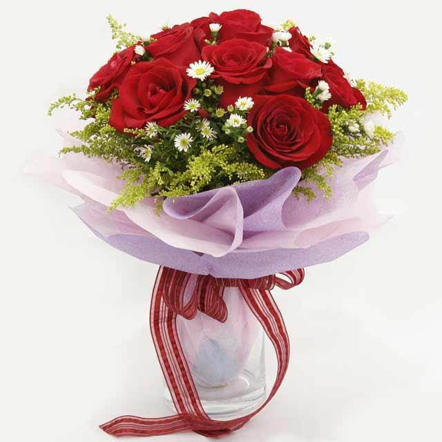 Çiçek gönderme estetikliginiz 11 gül buket  Aksaray çiçekçi mağazası