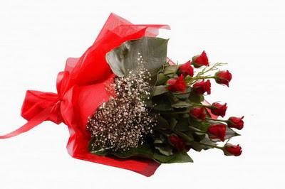 Aksaray çiçek siparişi sitesi  11 adet kirmizi gül buketi çiçekçi