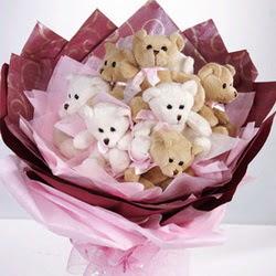 9 adet ayiciktan buket  Aksaray internetten çiçek siparişi