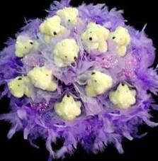 11 adet pelus ayicik buketi  Aksaray çiçek , çiçekçi , çiçekçilik