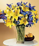 Aksaray anneler günü çiçek yolla  Lilyum ve mevsim  çiçegi özel