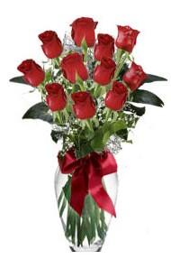 11 adet kirmizi gül vazo mika vazo içinde  Aksaray 14 şubat sevgililer günü çiçek