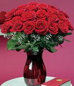 Aksaray çiçek online çiçek siparişi  11 adet Vazoda Gül sevenler için ideal seçim