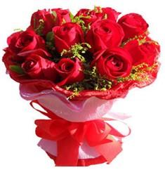 9 adet kirmizi güllerden kipkirmizi buket  Aksaray çiçekçiler