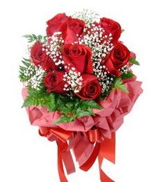 9 adet en kaliteli gülden kirmizi buket  Aksaray çiçek servisi , çiçekçi adresleri