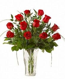 cam yada mika vazo içerisinde 9 kirmizi gül  Aksaray çiçek siparişi sitesi
