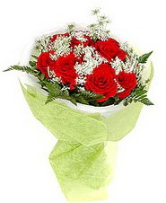 Aksaray çiçek , çiçekçi , çiçekçilik  7 adet kirmizi gül buketi tanzimi